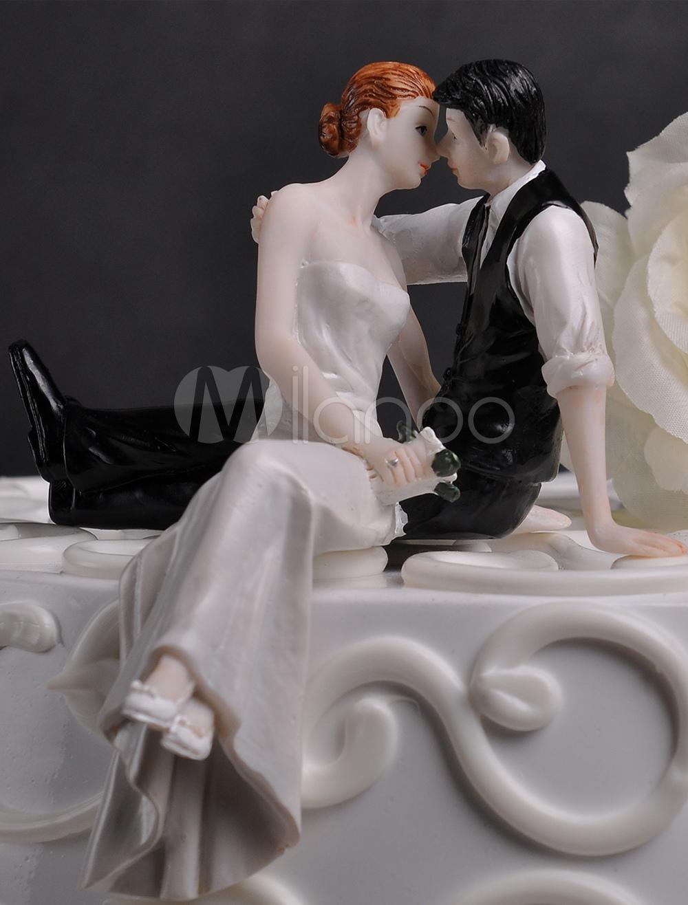 Kissing Couple Wedding Cake Topper