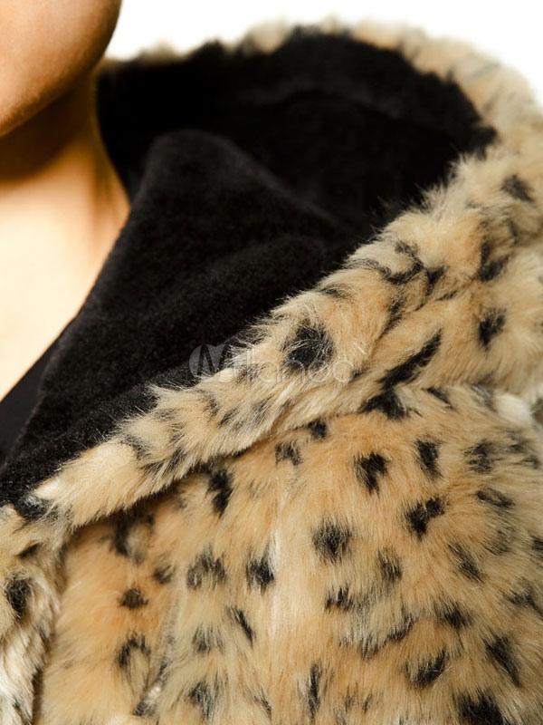 manteau de fausse fourrure pour le mod le l opard. Black Bedroom Furniture Sets. Home Design Ideas