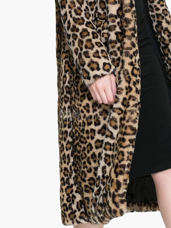 manteau en fausse fourrure motif l opard. Black Bedroom Furniture Sets. Home Design Ideas