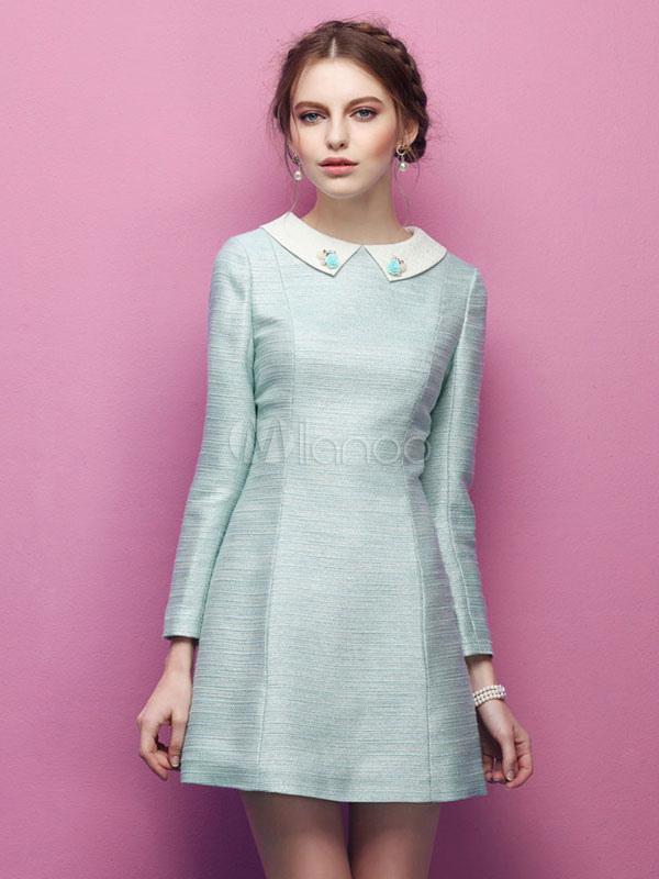 Как украсить голубое платье