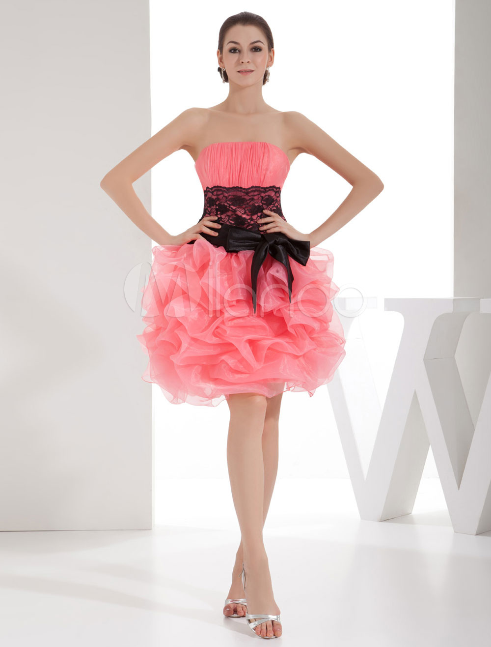 Strapless Homecoming Dress Lace Applique Belt Ruffles Organza Ball Gown Short Prom Dress Mini Cocktail Dress Milanoo