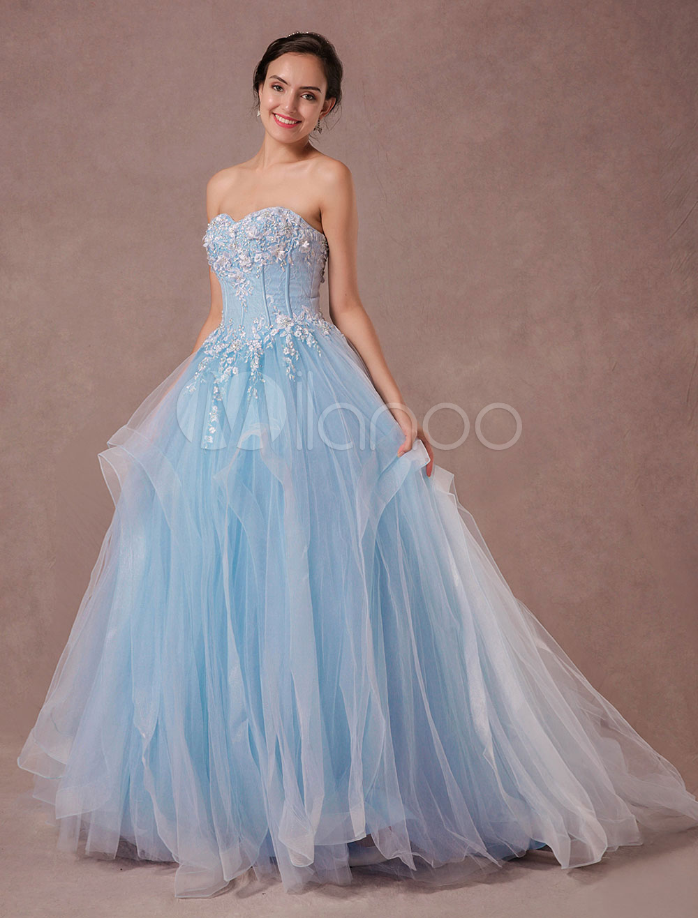 Blue Wedding Dress Lace Beading Tulle Bridal Gown Chapel Train Sweetheart Strapless Quinceanera Dress Luxury Backless Pageant Dress photo