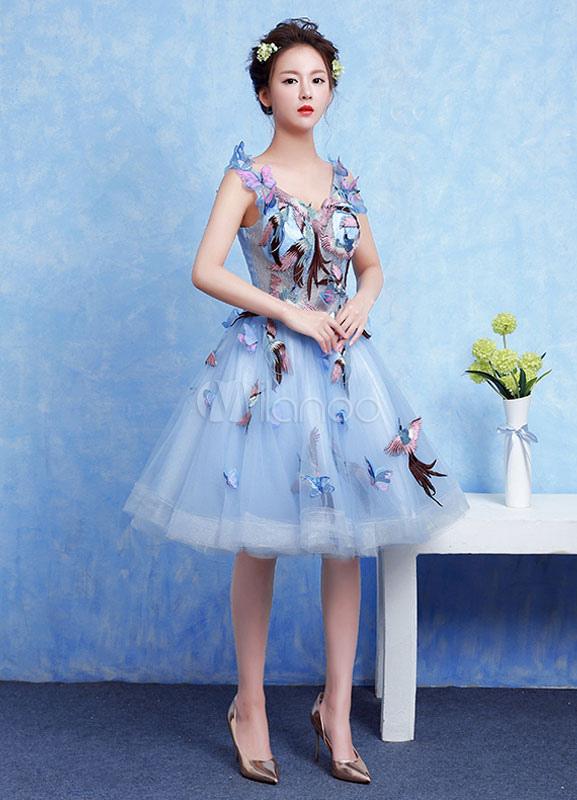 Baby Blue Prom Dress Tulle Applique Homecoming Dress V Neck Sleeveless A Line Knee Length Cocktail Dress (Wedding) photo