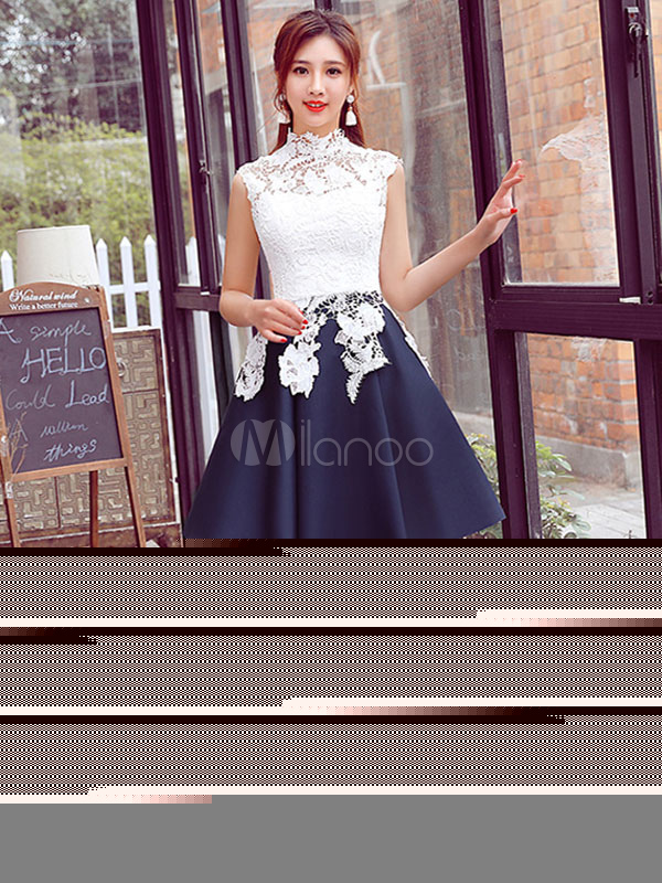 White Prom Dress Lace Applique A Line Cocktail Dress High Collar Sleeveless Pleated Knee Length Homecoming Dress (Wedding Prom Dresses) photo