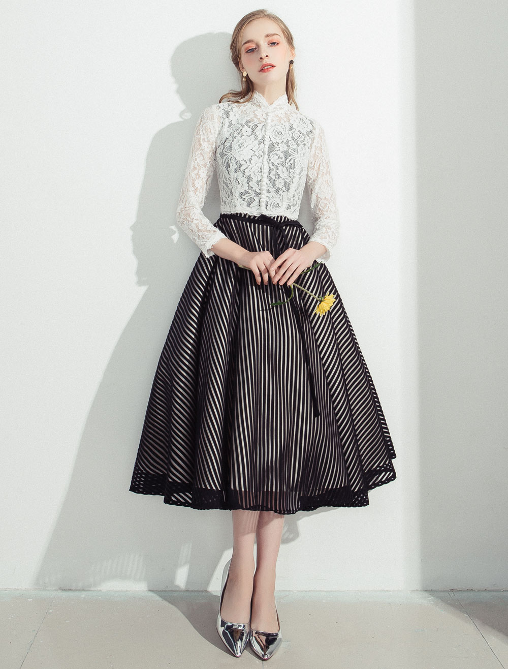 Lace Cocktail Dresses 2018 Short Prom Dresses Stand Collar Long Sleeve A Line Homecoming Dresses (Wedding) photo