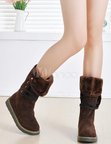 оптом Сапоги тёмно-коричневого на шнуровке.