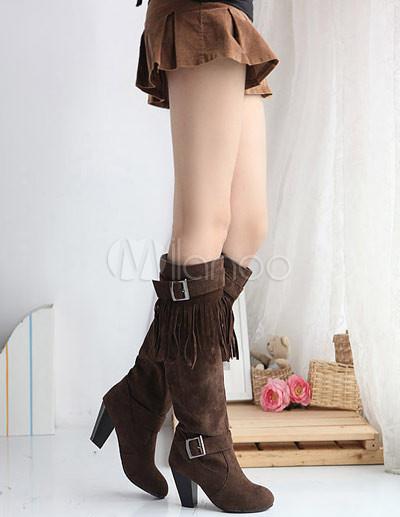 Длинные сапоги тёмно-коричневого фото.