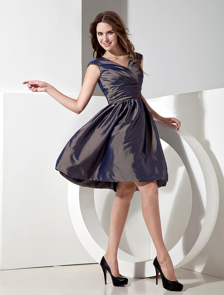Chocolate Bridesmaid Dress Lace Up Ruched V Neck Taffeta Knee Length Prom Dress