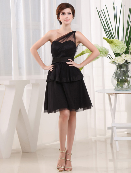 Black Bridesmaid Dress One-Shoulder A-Line Satin Sash Tulle Pleated Knee-Length Cocktail Dress