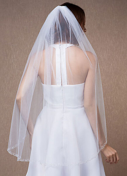 Tulle Fingertip Veil One-Tier Beaded Edge Drop Bridal Veil With Comb(90*75cm)