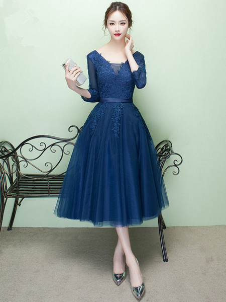 Short Prom Dress V Neck Lace Applique Tulle Cocktail Dress 3/4 Sleeve A Line Tea Length Party Dress