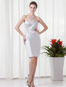 Silver Sheath Pretty Applique Satin Short Cocktail Dress with Sweetheart Neck