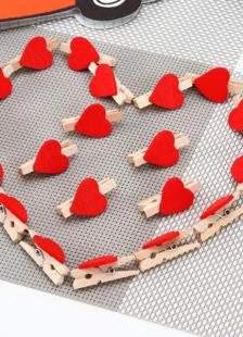 20Piece Wood Wedding Heart Pattern Clips