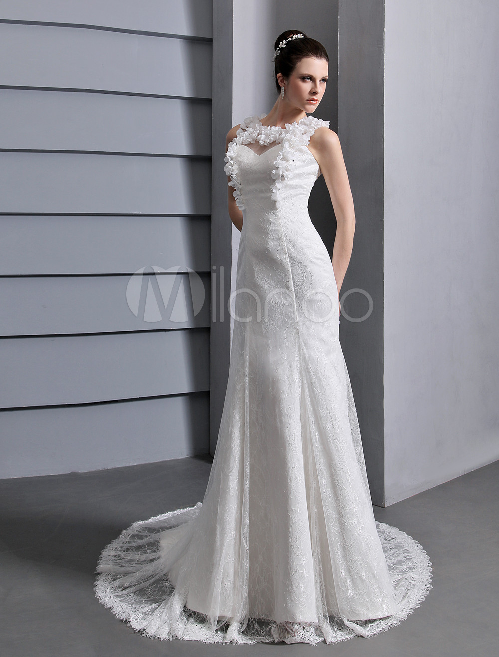 Ivory Sheath Flower Lace Wedding Dress For Bride Milanoo